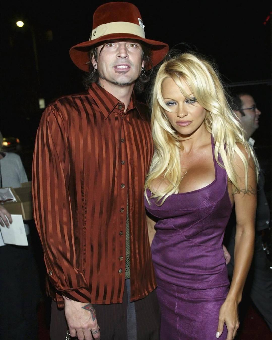 Pamela Anderson s bývalým manželem a bubeníkem Mötley Crüe Tommy Leem