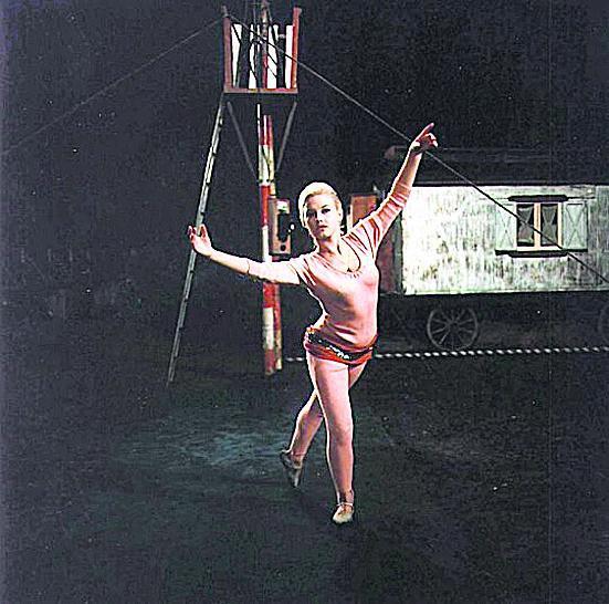 Jana Preissová ve snímku Rozmarné léto (1967)