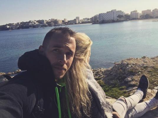 Lukáš Rosol nyní už s manželkou Petrou na Mallorce