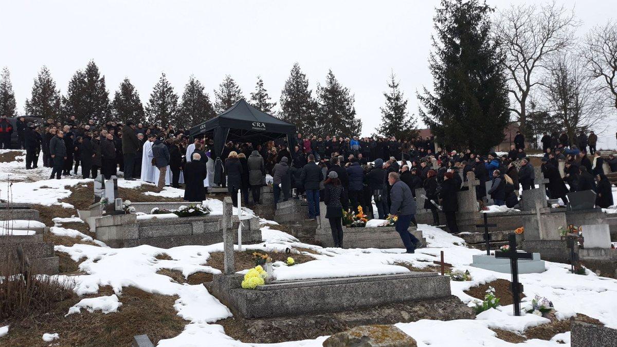 Na pohřeb zavražděné Martinky přišly stovky lidí