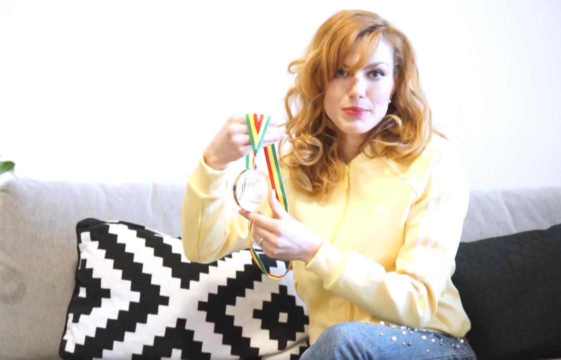 Gabriela Koukalová se rozhodla prodat jednu ze svých medailí pro dobrou věc