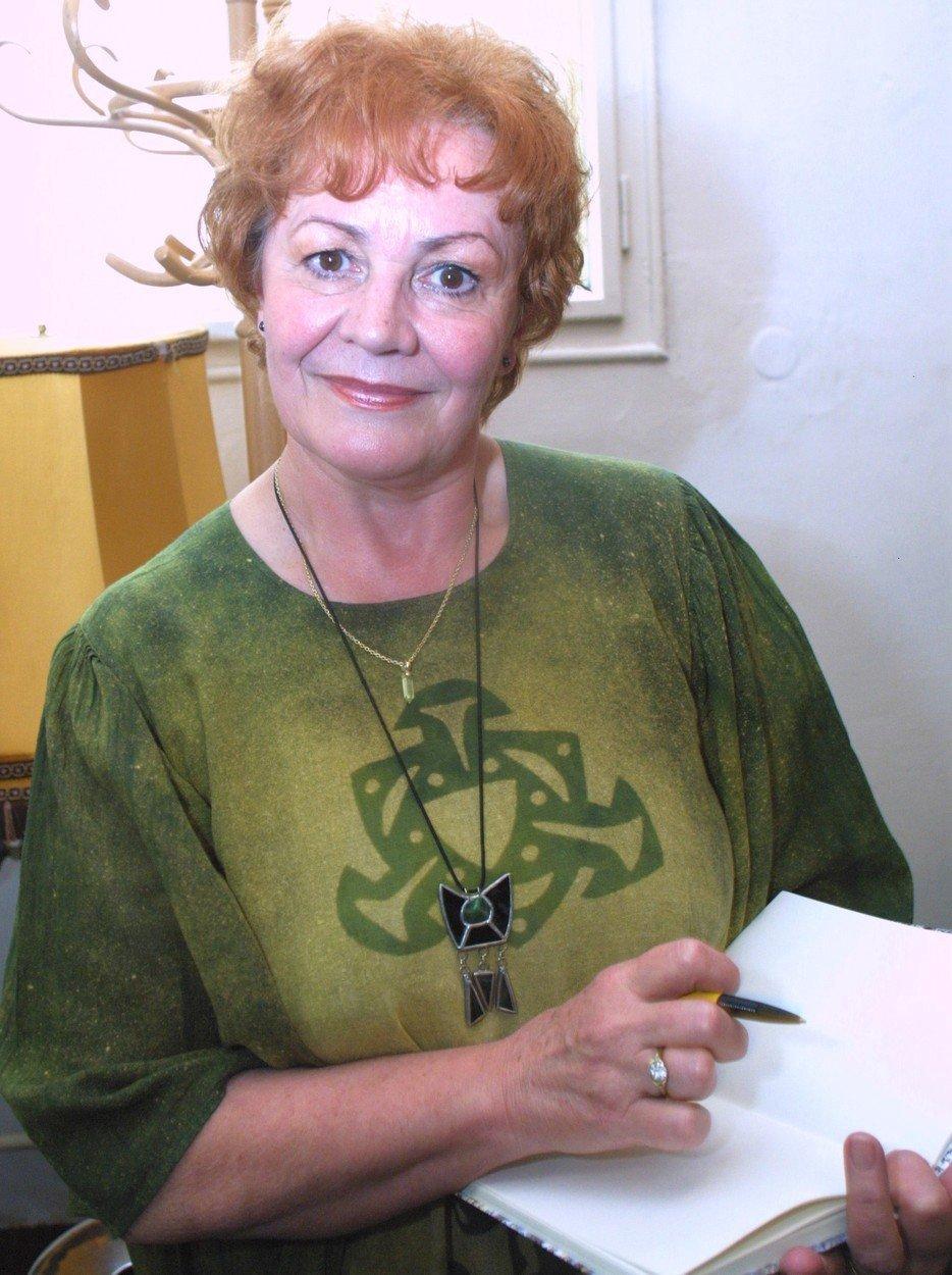 Věra Galatíková  (†69)