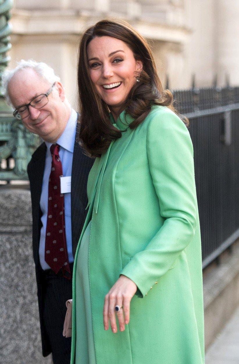 Vévodkyně Kate v osmém měsíci těhotenství.