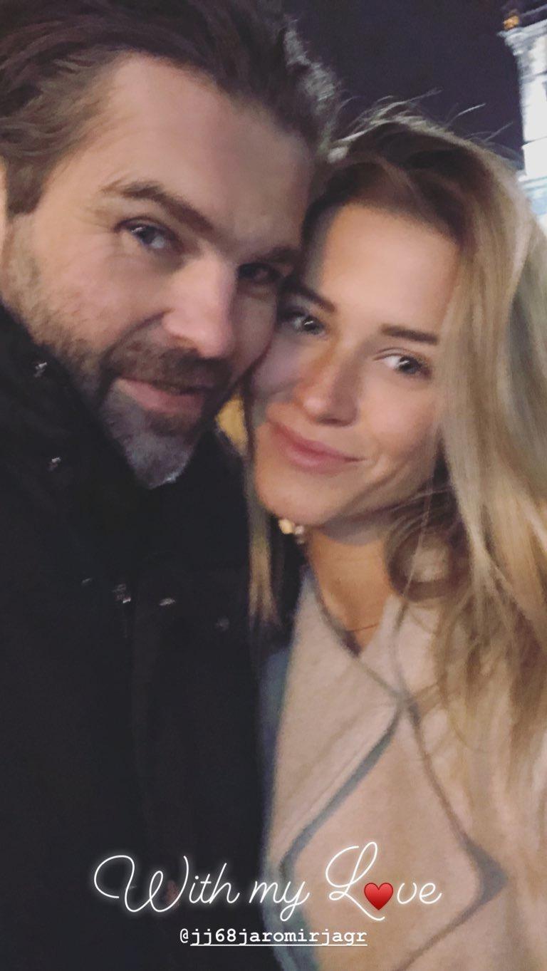 Jaromír Jágr s Veronikou Kopřivovou, když se od sebe ještě nedokázali odtrhnout.