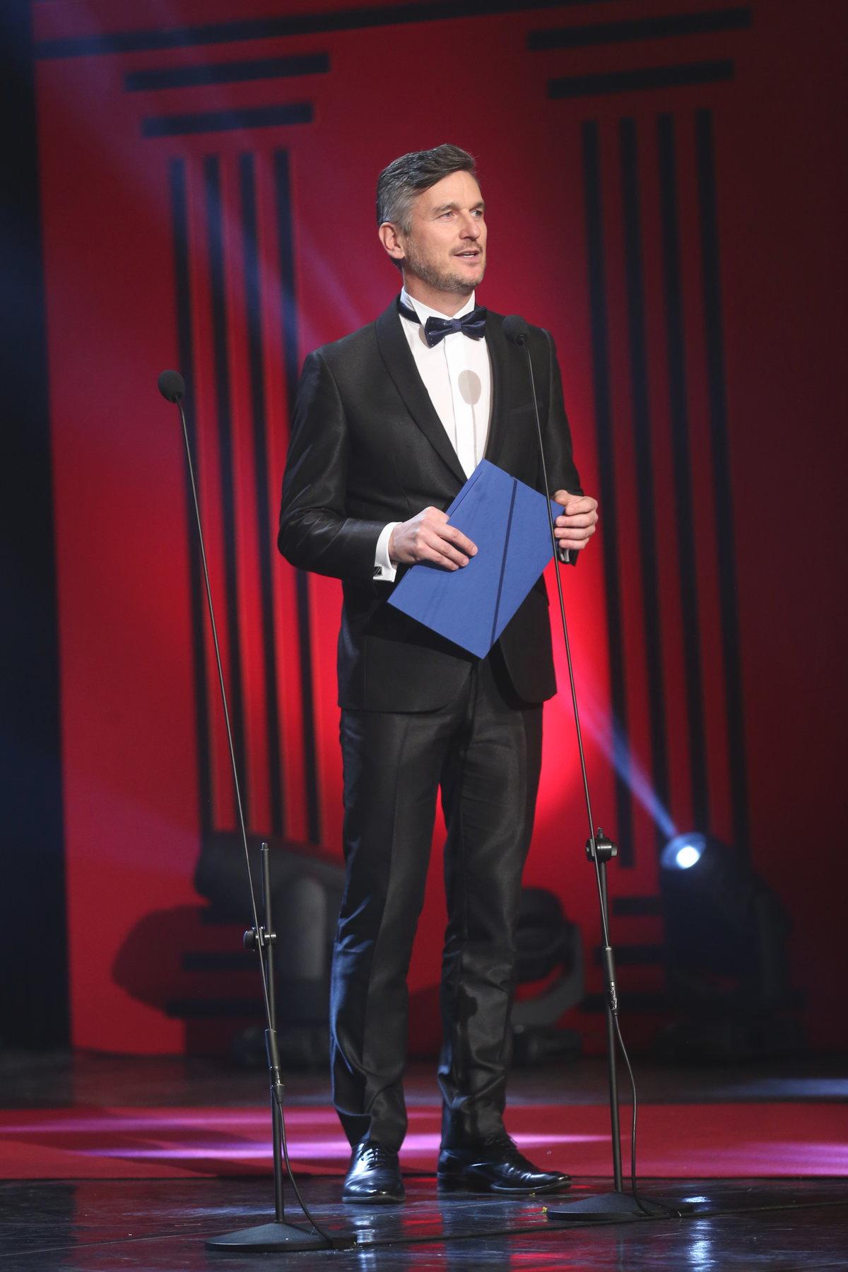 Lumír Olšovský předával cenu