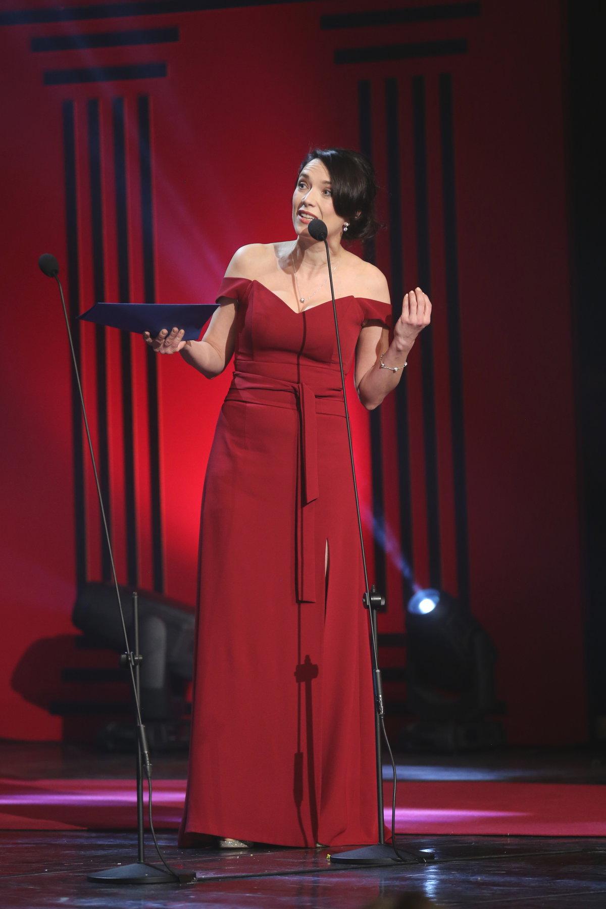 Tereza Kostková předávala ocenění v oboru činohry