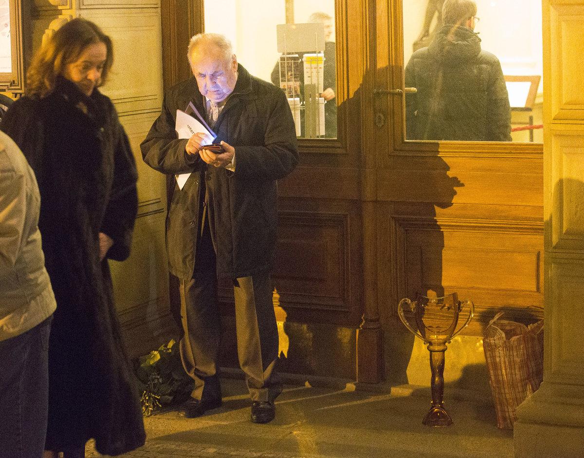 František Filip málem přišel o cenu, když si ji nechal u dveří