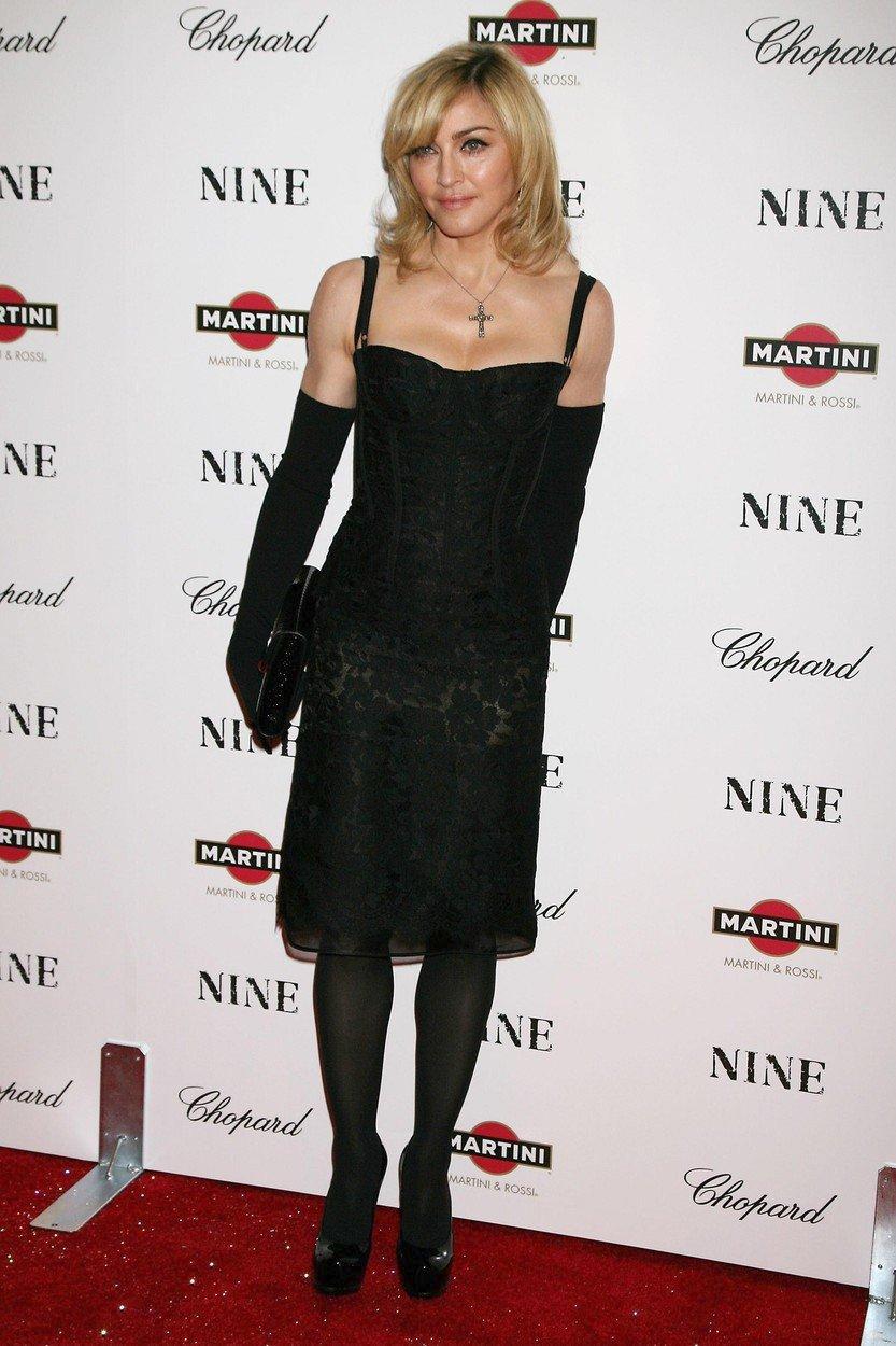 2009 - Filmová premiéra v New Yorku.
