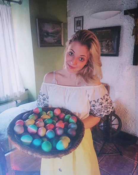 Anna Slováčková s velikonočními vajíčky