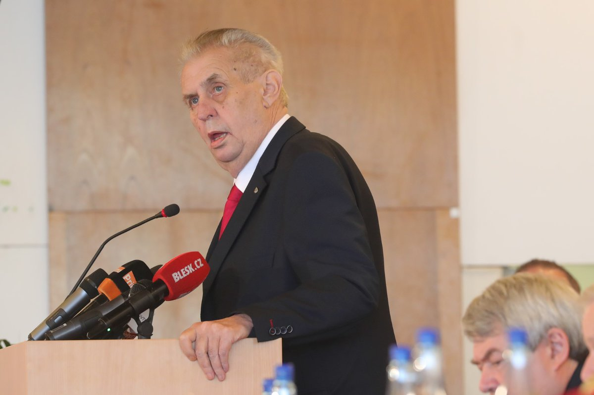Miloš Zeman na sjezdu KSČM v Nymburku (21.4.2018)