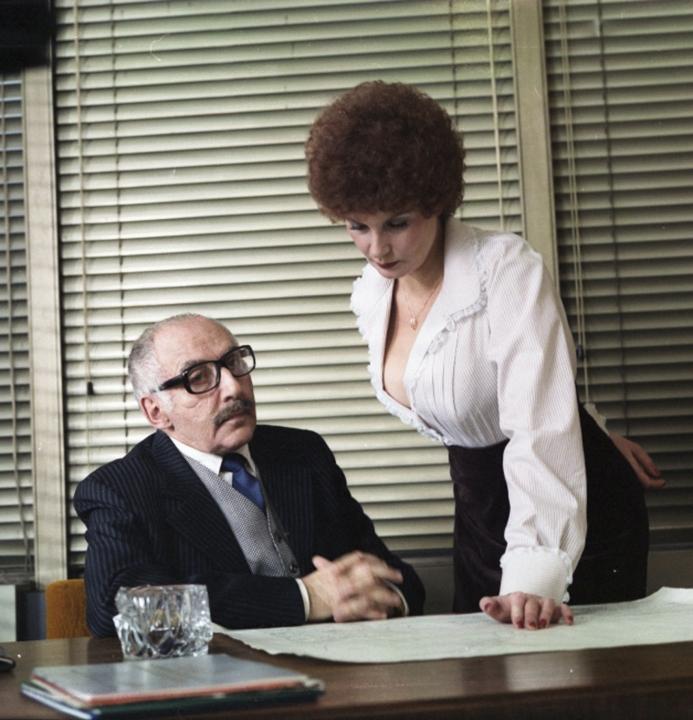 Laďka Kozderková zářila i ve vedlejší roli. Zde v komedii Křtiny.