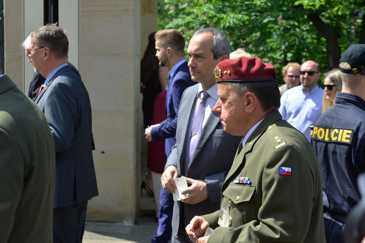 Rusko slaví Den vítězství i na pražské ambasádě