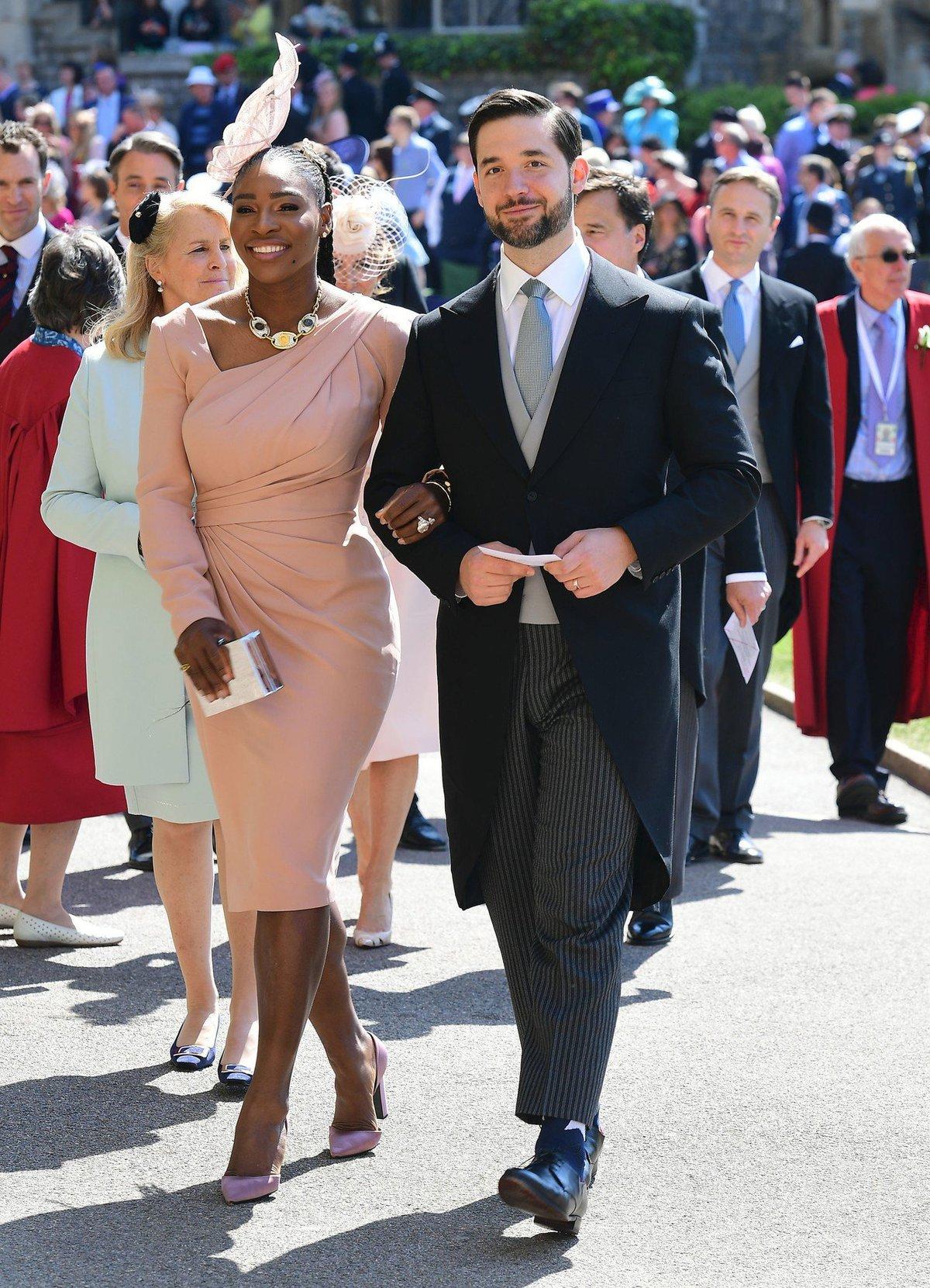 Serena s manželem Alexisem před obřadem