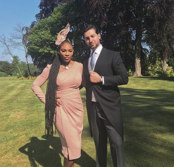 Serena s manželem Alexisem vyrazili na královskou svatbu