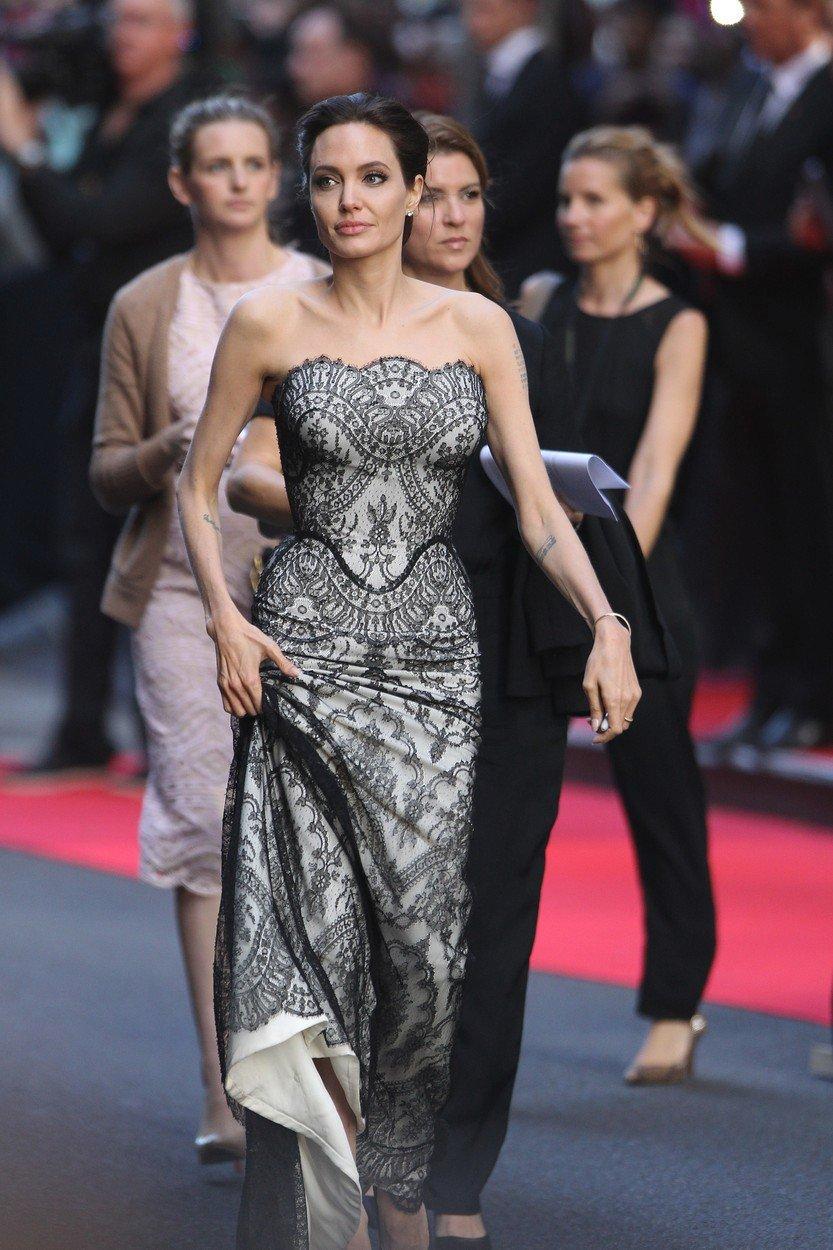 2014 - Filmová premiéra.