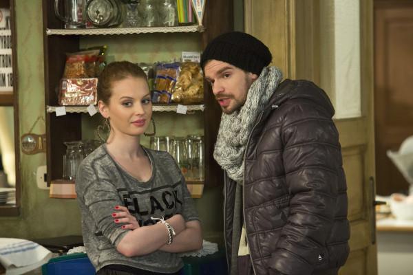Petr Buchta v seriálu Dobří sousedé