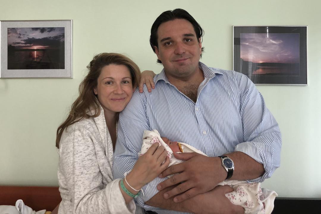 Adamu Plachetkovi a Kateřině Kněžíková se narodila dcera Barborka.
