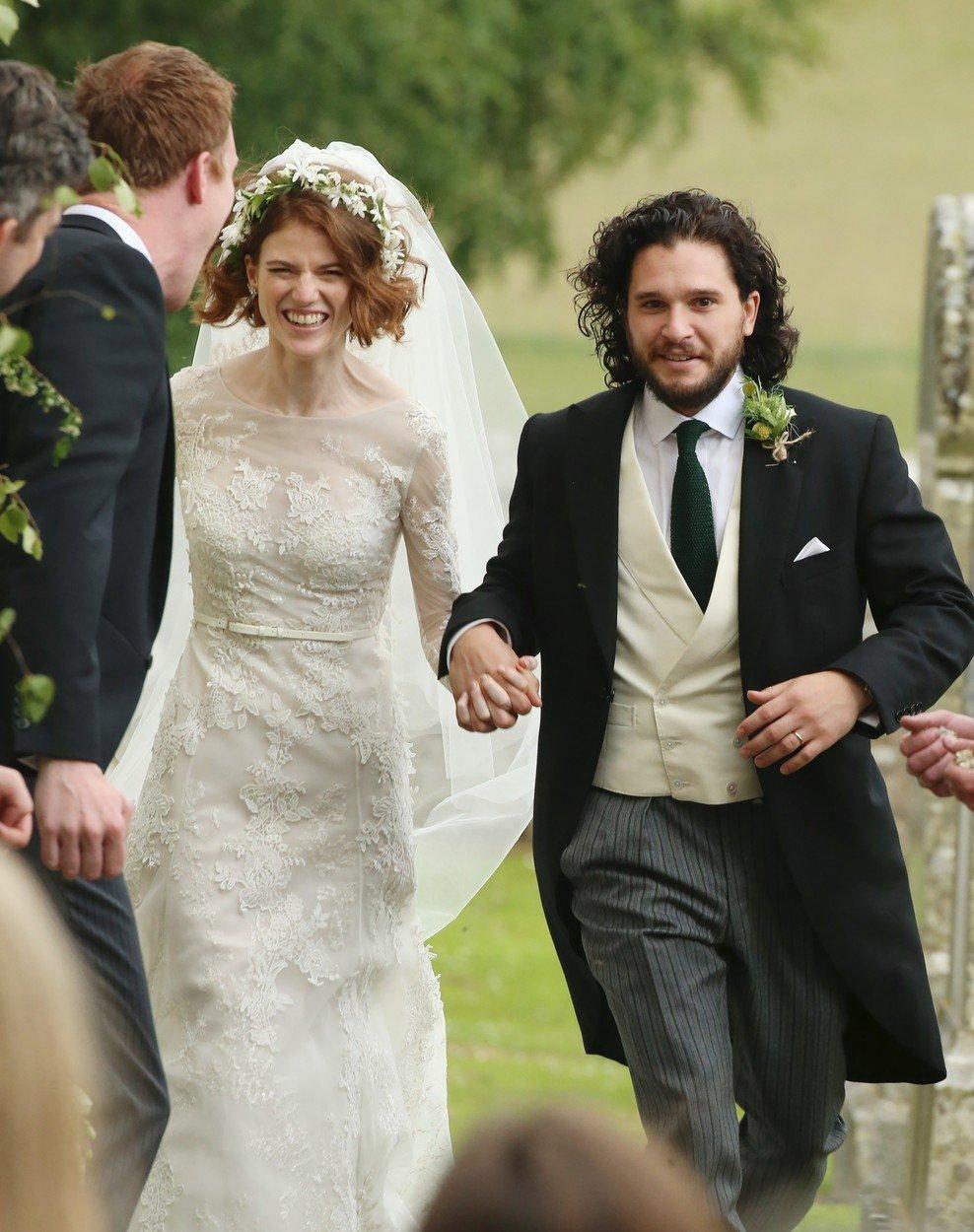 Hvězdy seriálu Hra o trůny Harington a Leslieová se v reálném životě vzali