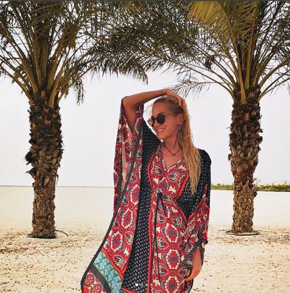 Na dovolené v emirátech jí to sluší!