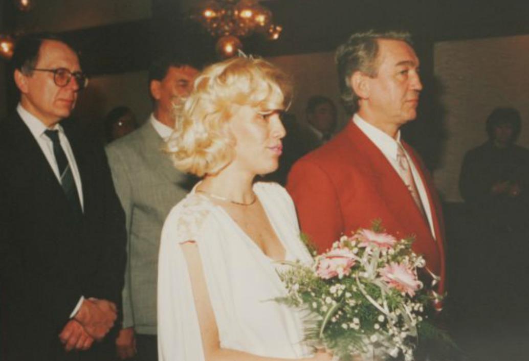 19.2. 1993: Svatba Jirky a Hany Krampolových v Kladně