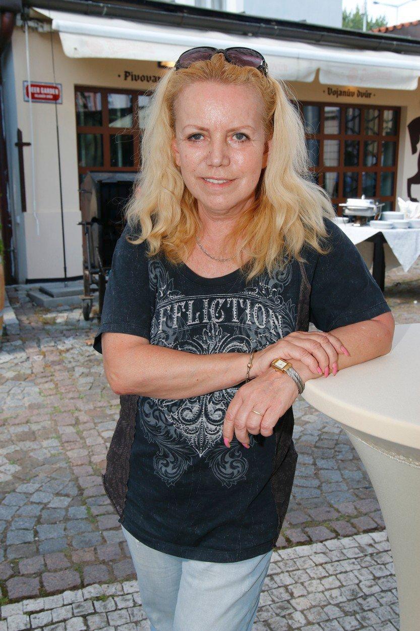 Hana Krampolová na slavnostním otevření pivovaru