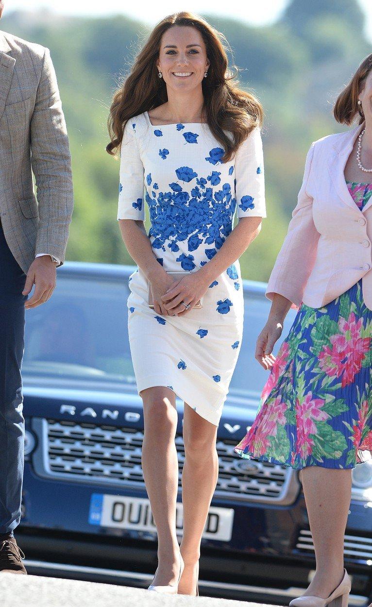 Vévodkyně Kate v šatech L.K. Bennett