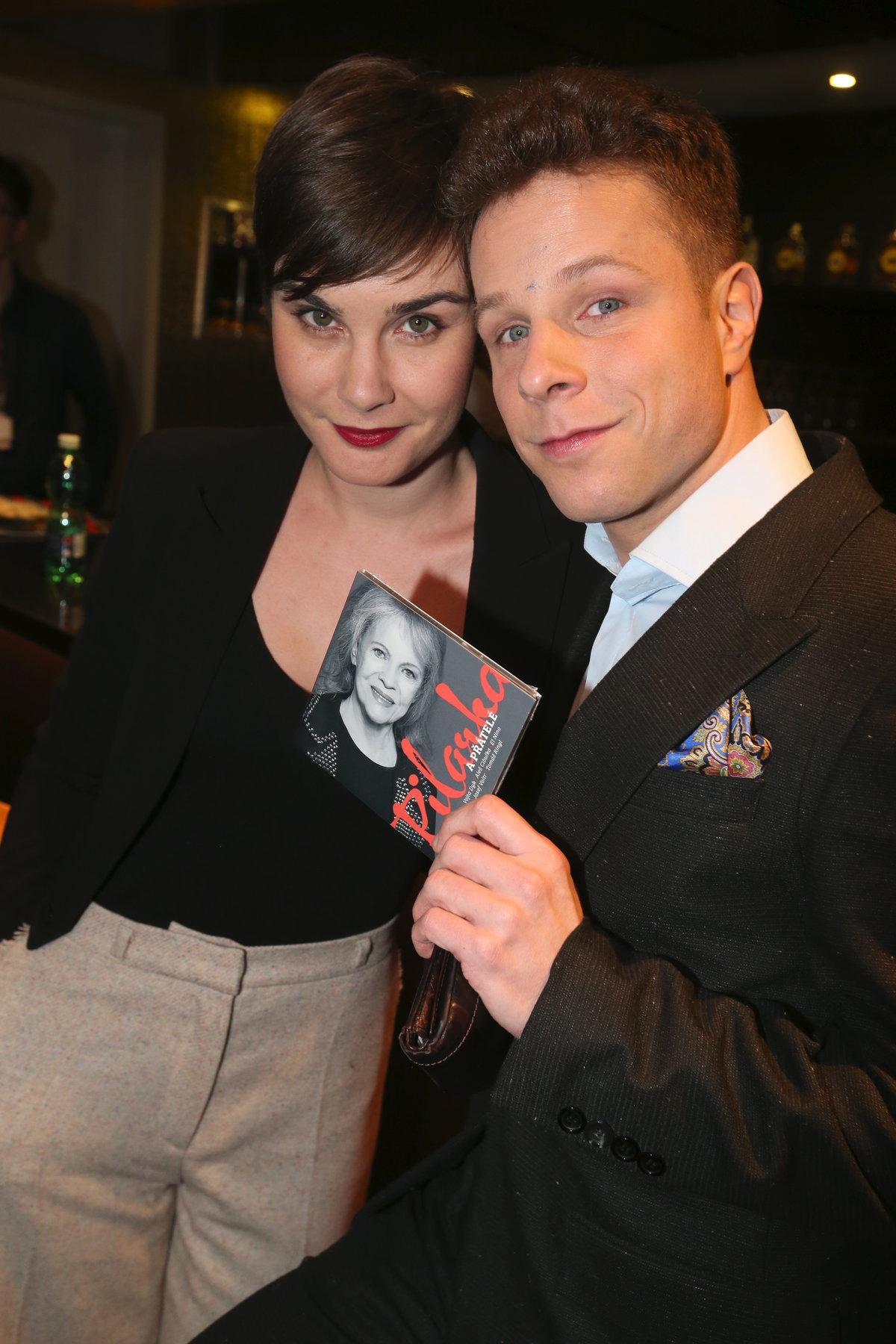 Tanečník a choreograf Jan Onder se současnou přítelkyní.