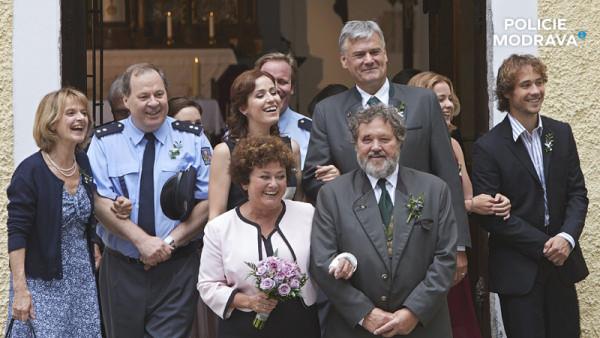 2015 - Svatba Jany Bouškové v seriálu Policie Modrava