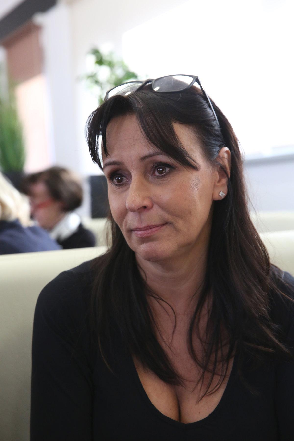 Zoufalá Heidi Janků touží vidět svého prasynovce a prosí čtenáře o pomoc.
