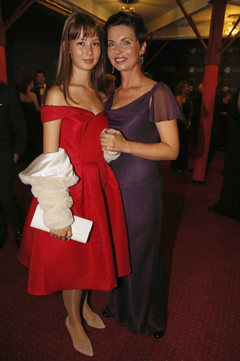 Moderátorka Markéta Fialová s dcerou Emmou