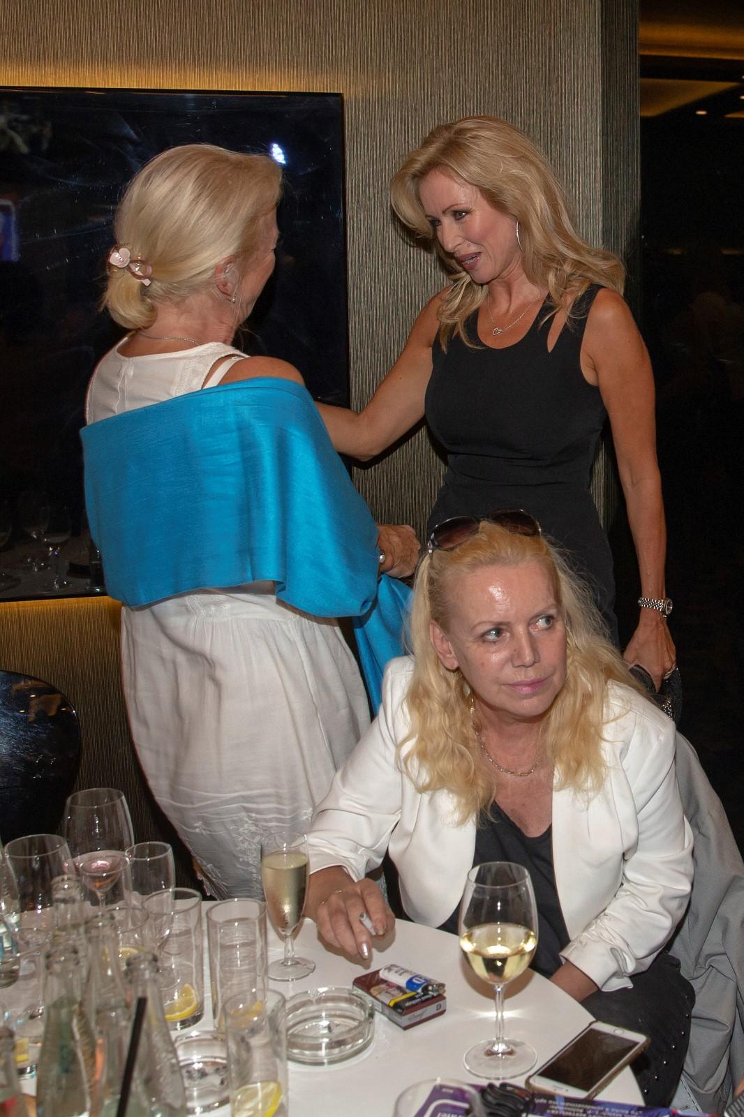 Kateřina Brožová s manželkou Milana Drobného