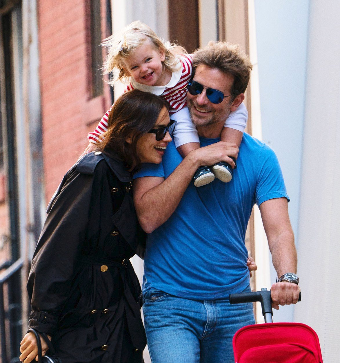 Bradley Cooper, Irina Shayková a jejich dcera Lea.