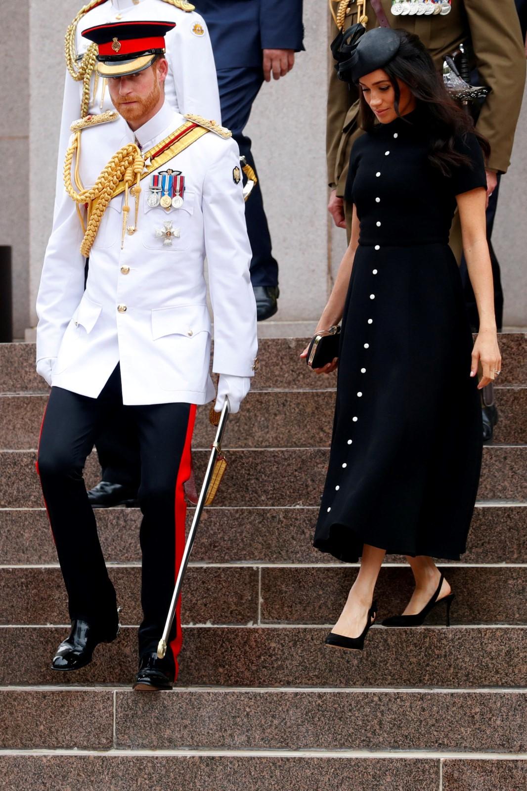 Těhotná Meghan s princem Harrym v Austrálii.