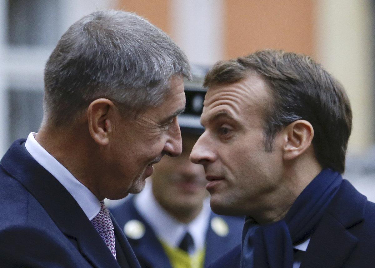 Francouzský prezident Emmanuel Macron a Andrej Babiš.