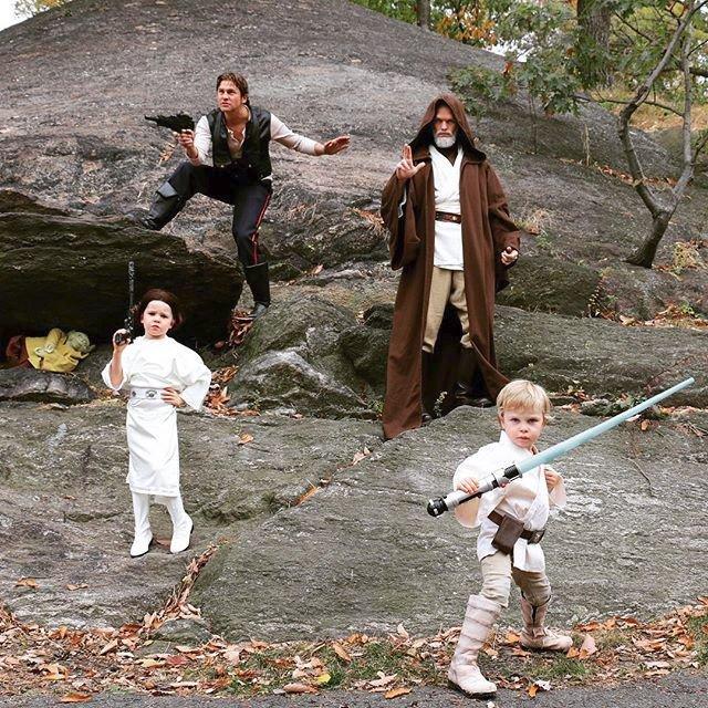 Neil Patrick Harris s manželem a jejich dvěma dětmi (2015)