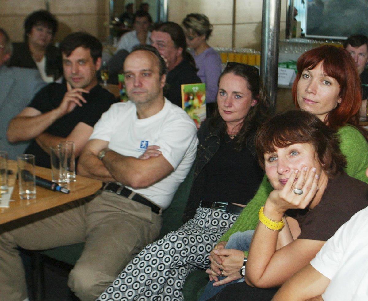 Rostislav Čtvrtlík s kolegy z dabingu seriálu Přátelé