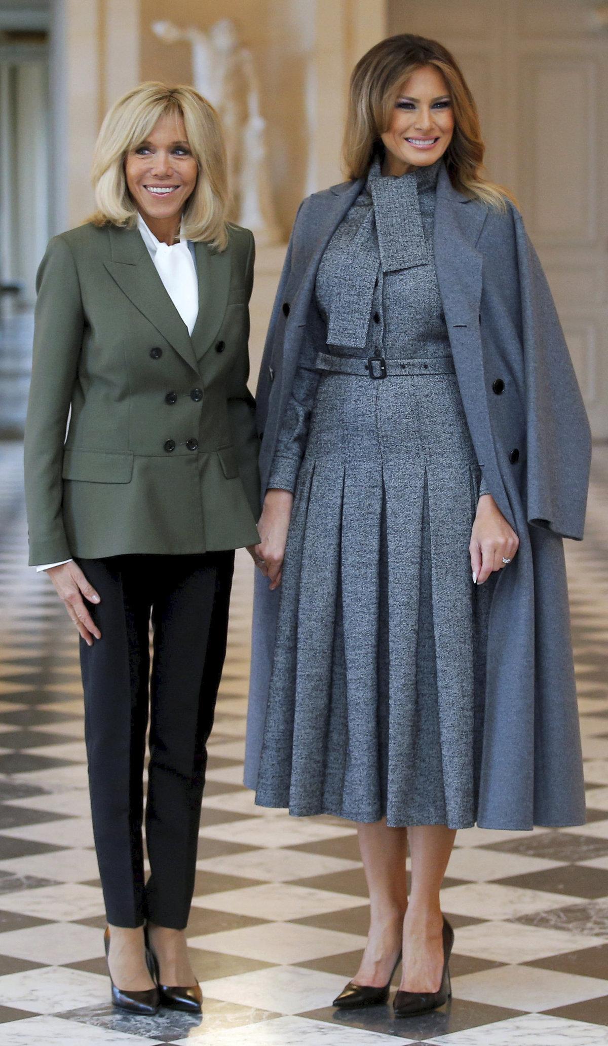 Melania Trumpová a Brigitte Macronová.