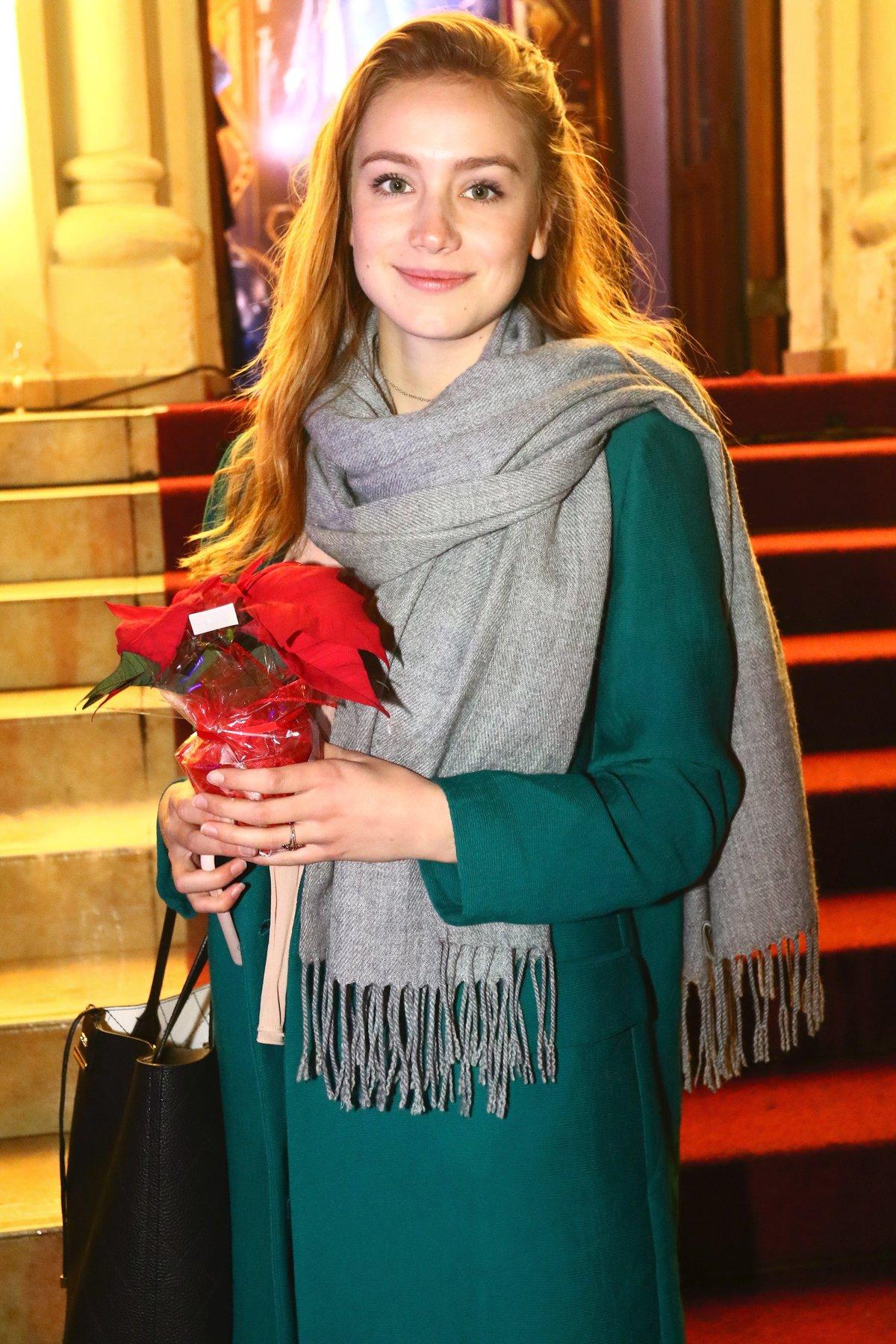 Anna Kadeřávková