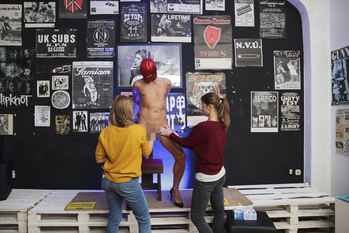 model nahých mužů eben sexy dívka