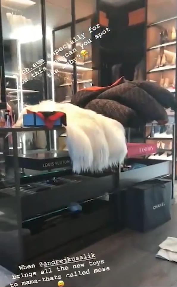 Dominika Cibulková nechala nahlédnout fanoušky do svého luxusního a obřího šatníku