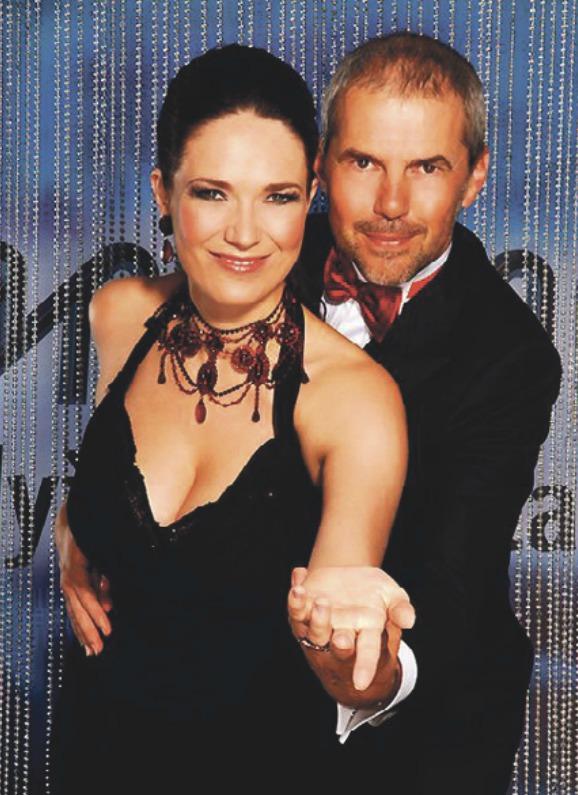 Moderátoři StarDance 2006: Marek Eben a Tereza Kostková