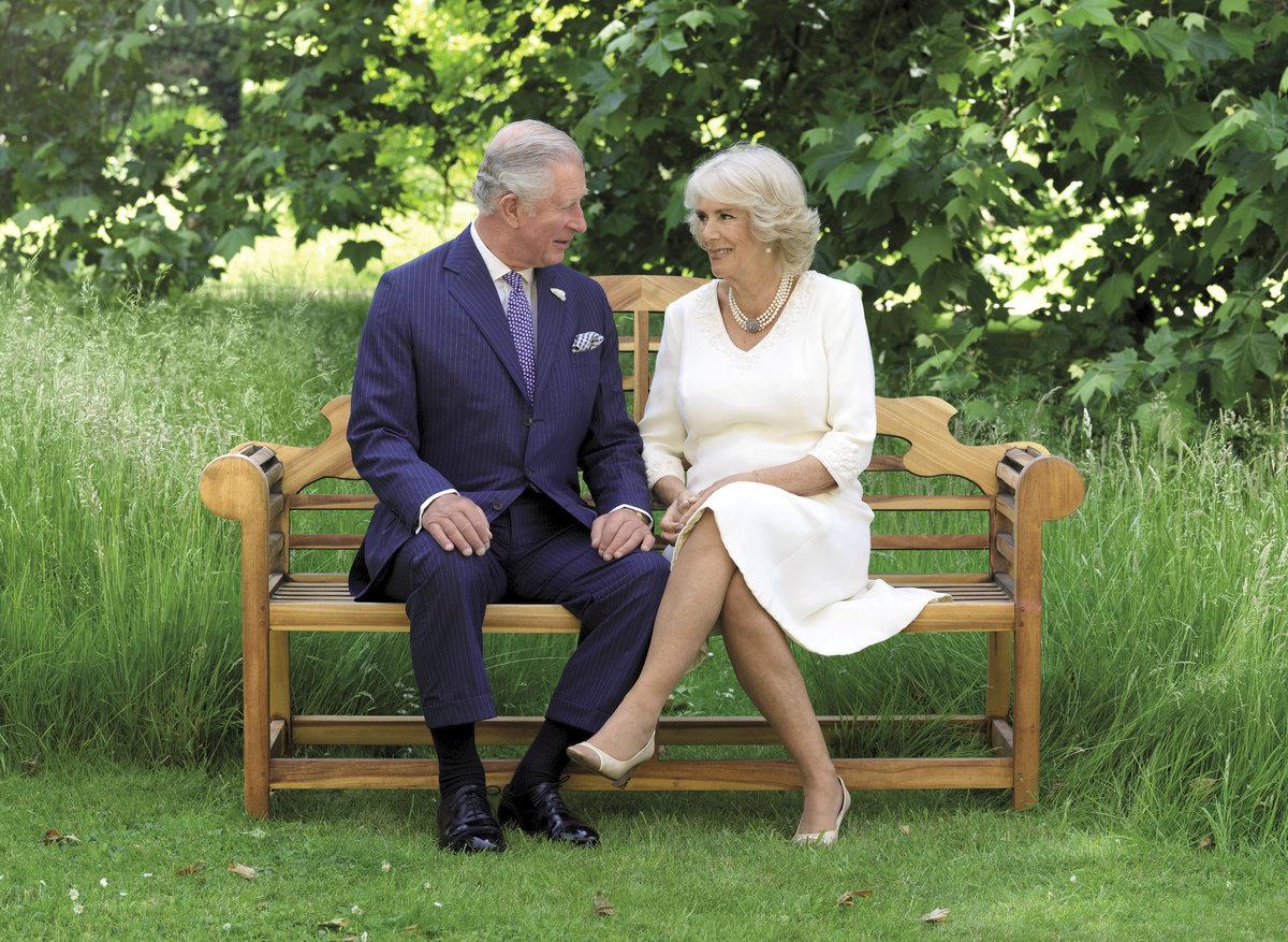 Vánoční pohlednice prince Charlese a vévodkyně Camilly.