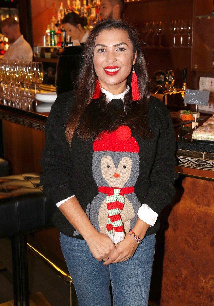 Anife Vyskočilová sáhla po roztomilém svetru s tučňákem