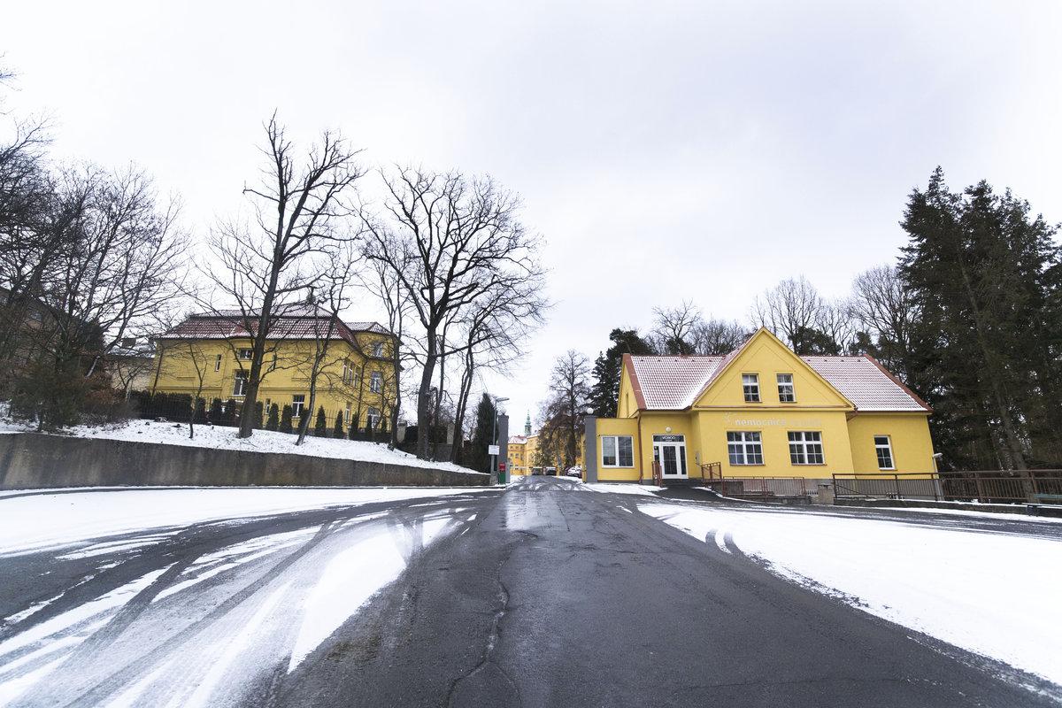 Sanatorium Na Pleši, kde je Jiří Pomeje