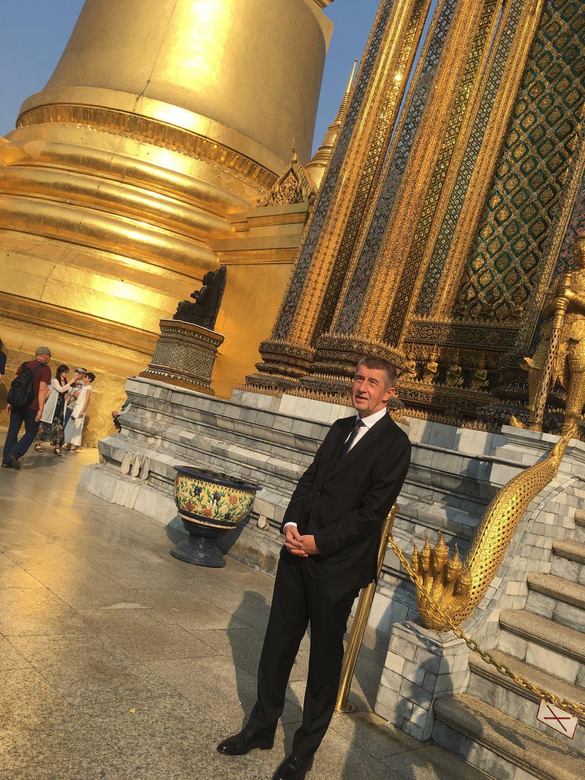 Andrej Babiš navštívil v thajském Bangkoku Královský palác (17.1.2019)