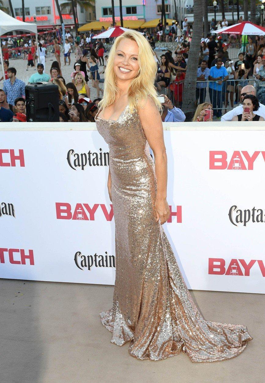 Pamela Anderson je pořád sexy
