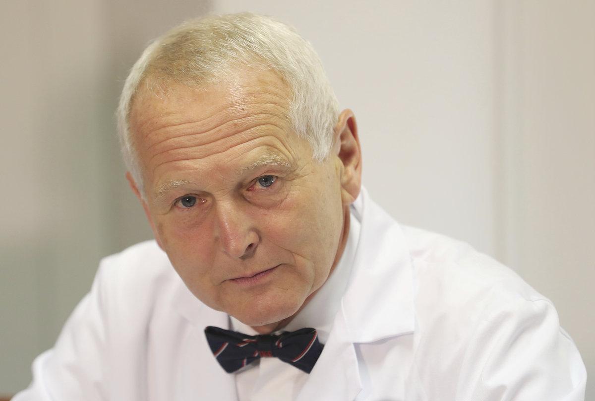 Profesor Jan Pirk.