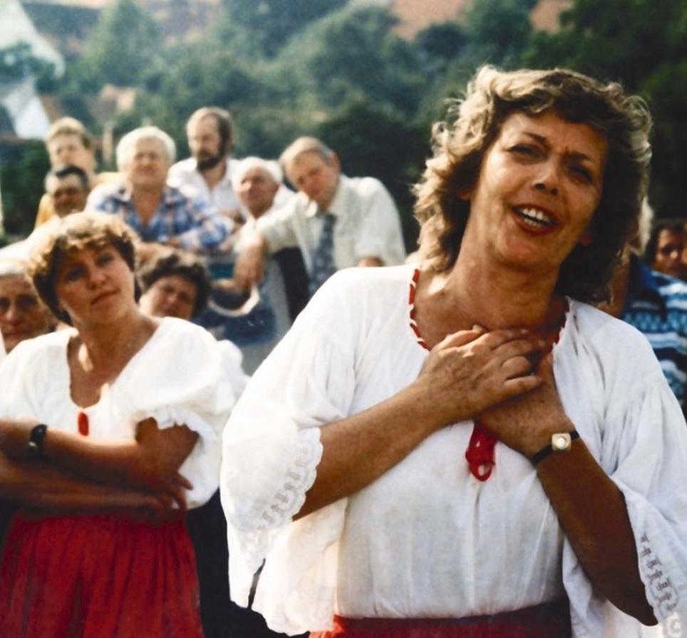 Slunce, seno, jahody, 1983