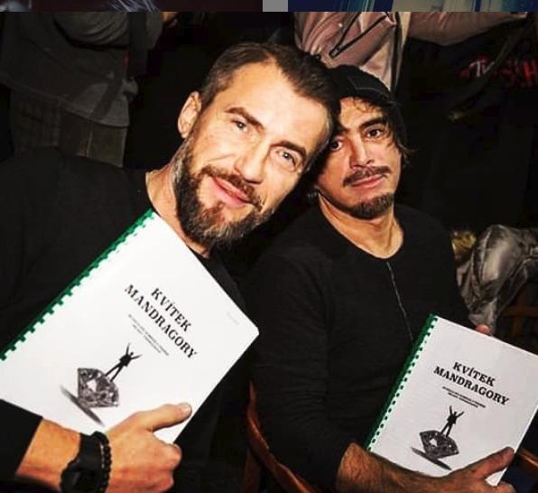 Bořek Slezáček a Sagan Tofi se připravují na roli v novém muzikálu Kvítek Mandragory