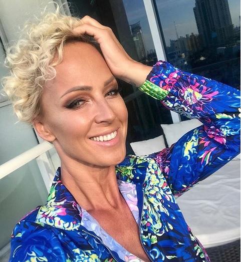 Zuzana Belohorcová si užívá na Havaji.